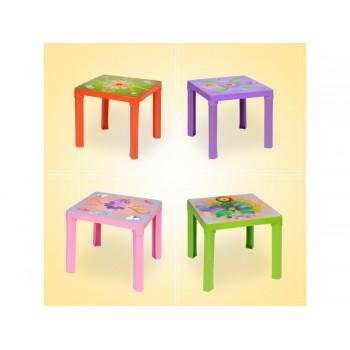 stolik dla dziecka z wzorem